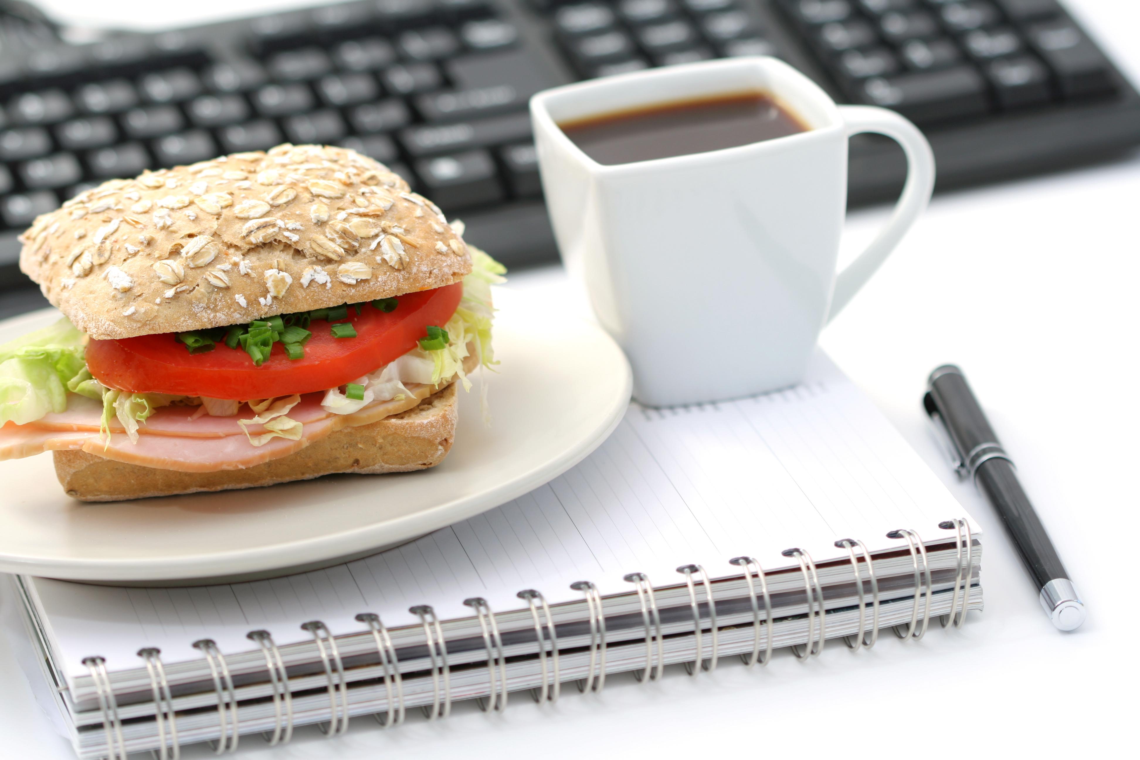 broodje-met-koffie