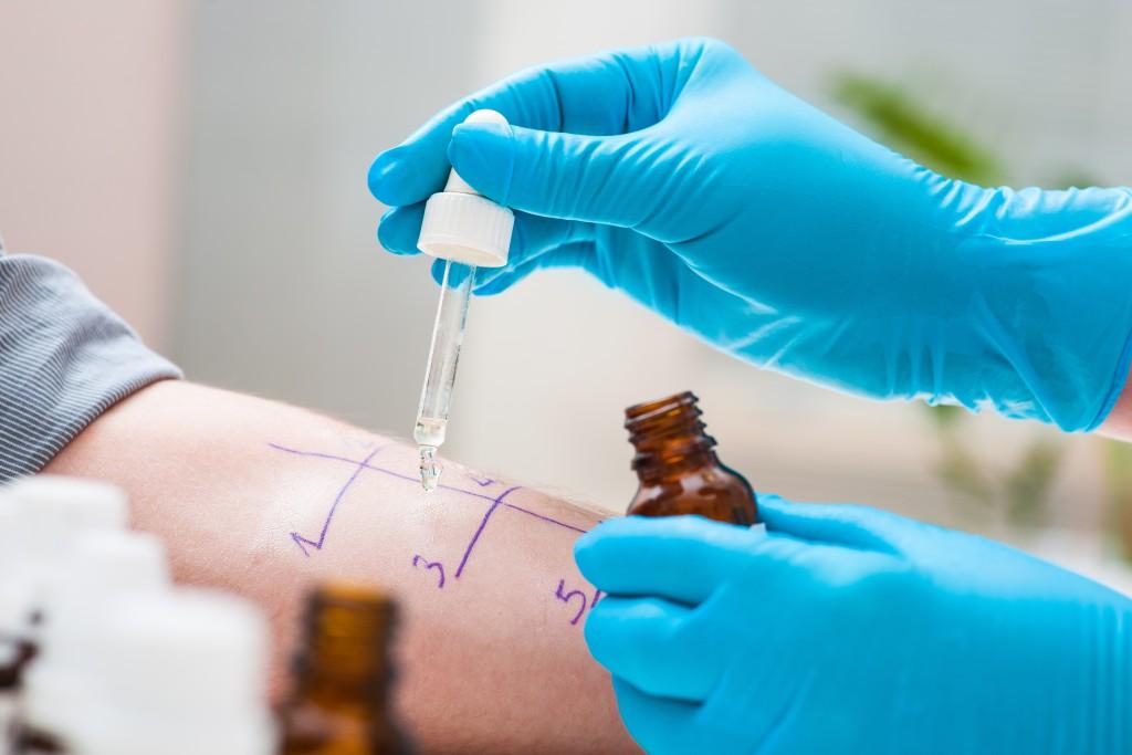 allergie-test-arzt-1024x683