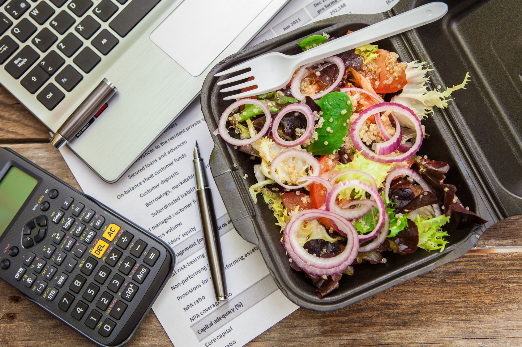 Lunch box in office