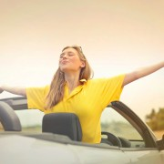 arms-blond-car-720815