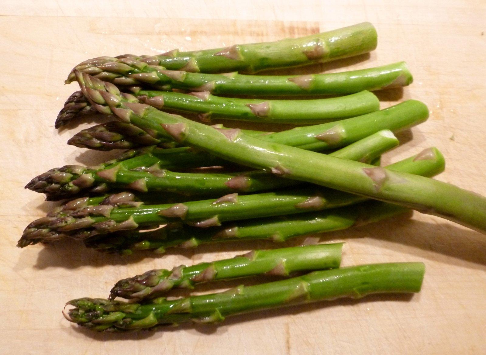 asparagus-1317901