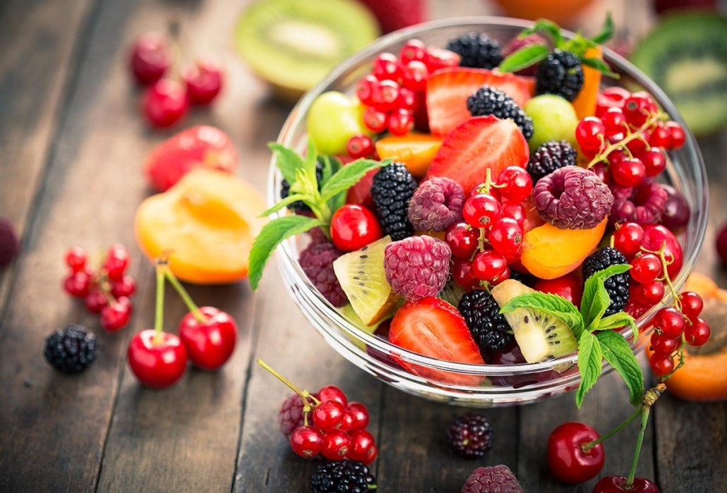 Eat-fresh-fruit-to-help-with-sugar-addiction