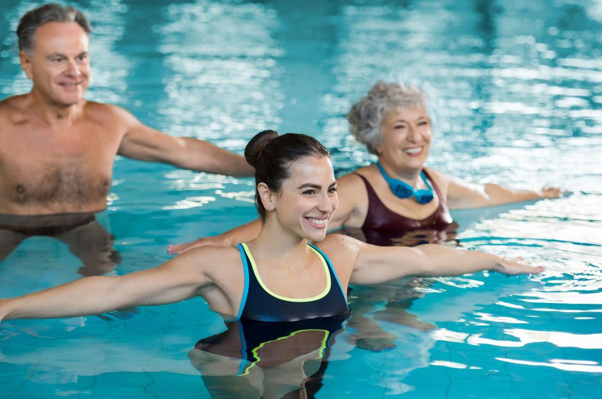 Aqua-aerobik – gimnastyka w wodzie, czyli jak schudnąć bez wysiłku - sunela.eu