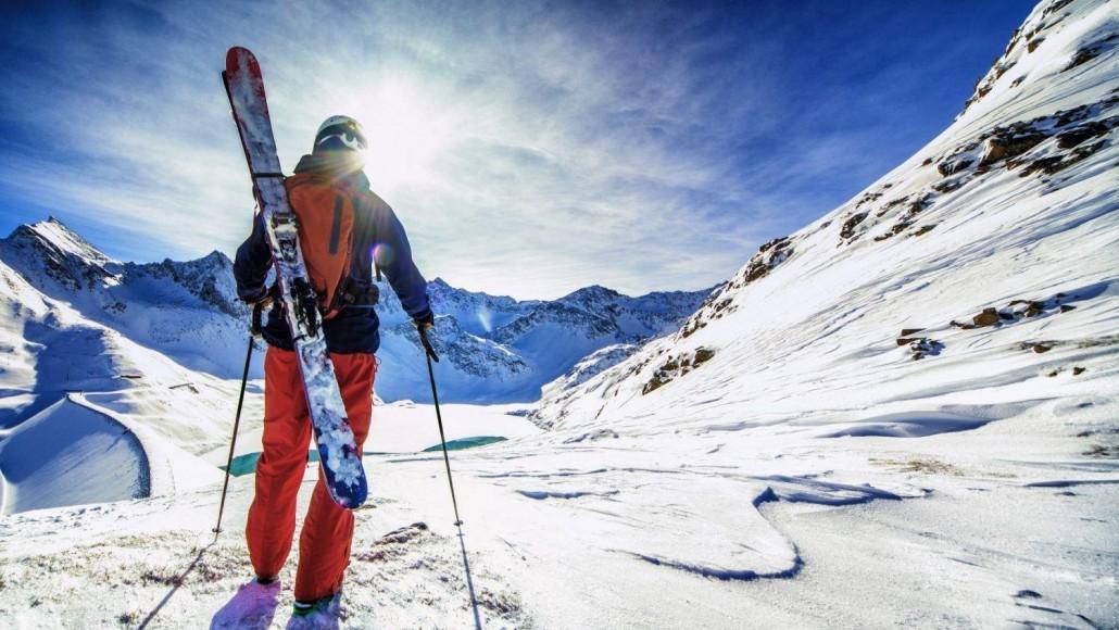 Ski-Trip_New-Zealand_Marcin_Adobe-e1526818334545