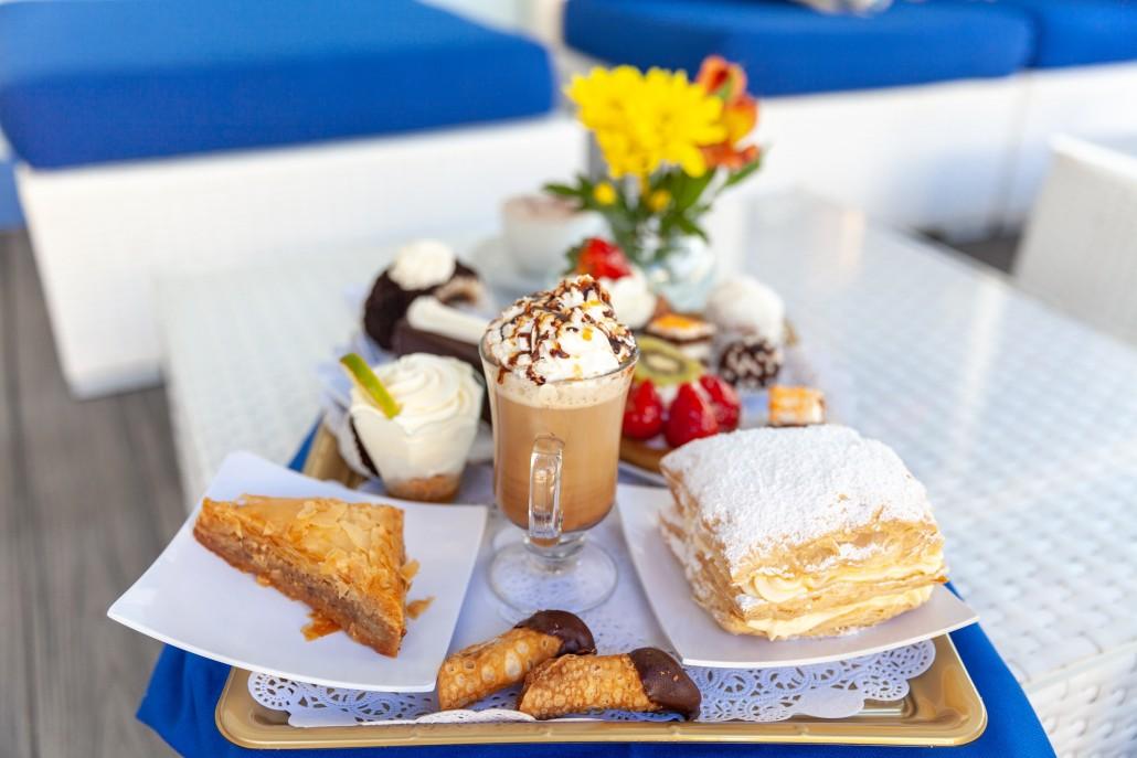 baking-baklava-cake-1473060