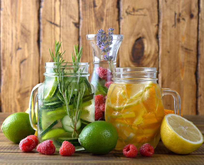 Infused fruit detox water